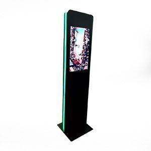 Totem touch screen locação